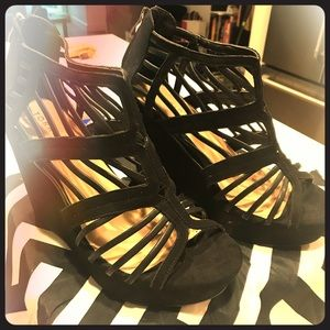 Strappy Black Wedge